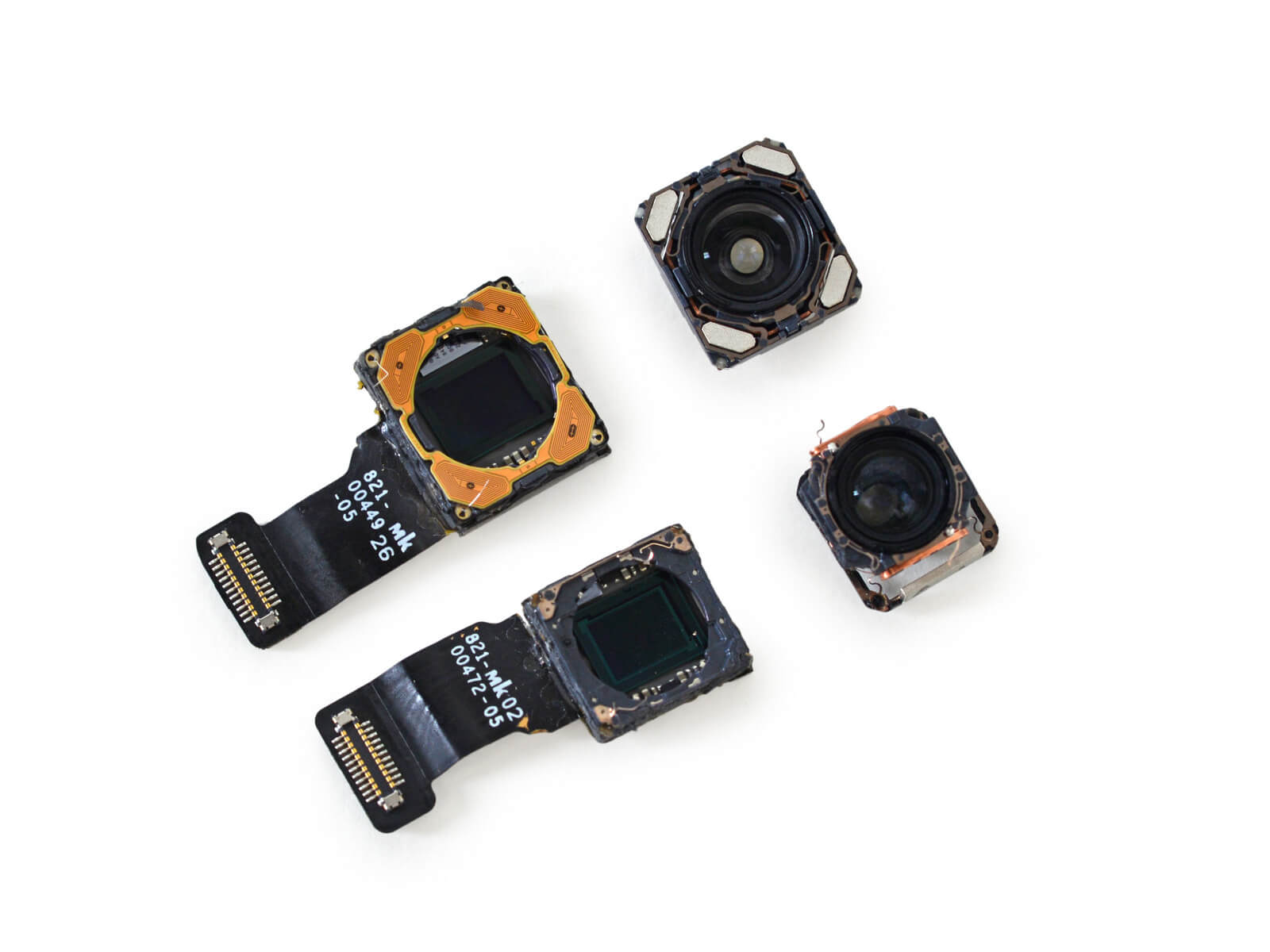 iphone-7-plus-disassembled-camera