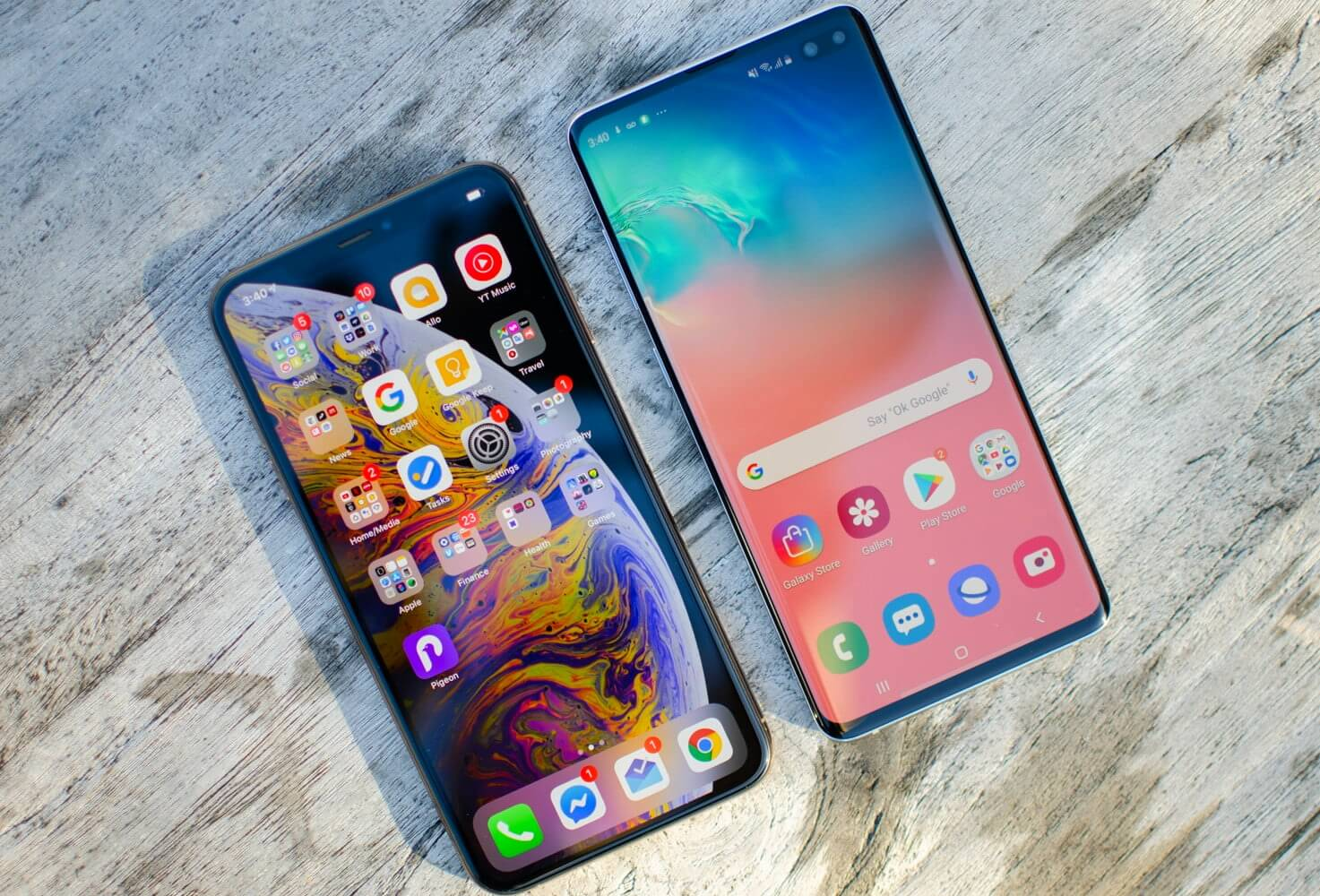 Galaxy S10 Plus и Apple iPhone XS