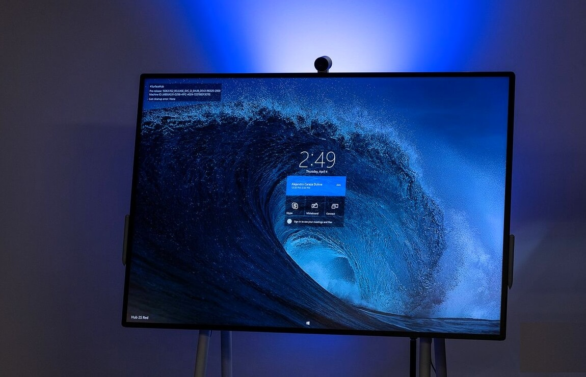 Microsoft Surface Hub 2S