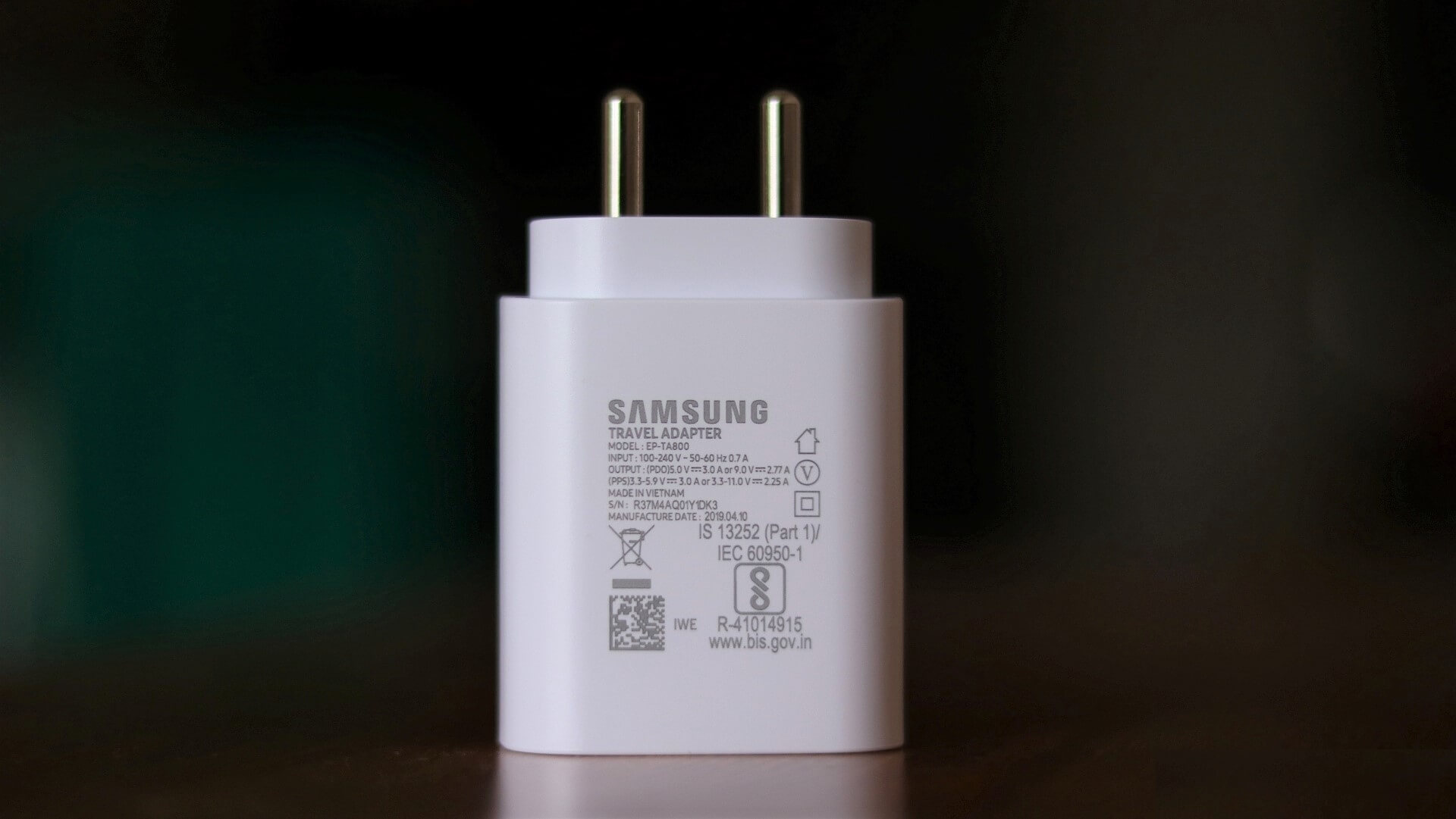 samsung-25w-super-fast-charger-4